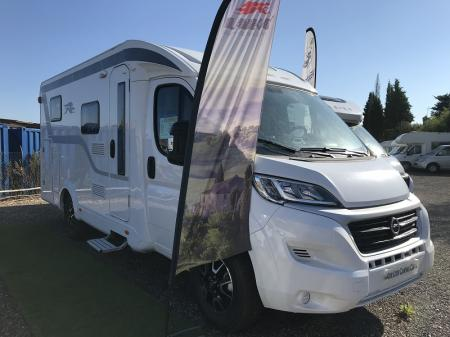 camping car LAIKA KOSMO COMPACT 9 modele 2022